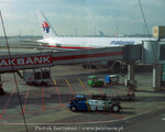 Lotnisko w Stambule. Boeing 777 Malaysia Airlines